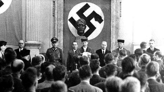 Народный суд. В центре— Роланд Фрейслер, «ихВышинский».
